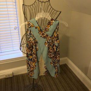 Silk top never worn bcbg size xs